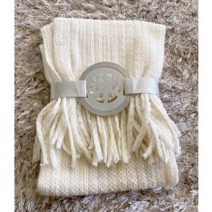 NWT New York & Co Cream Color Winter Scarf